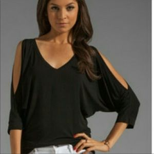 Michael Stars Gray Jersey Lycra Cold Shoulder top